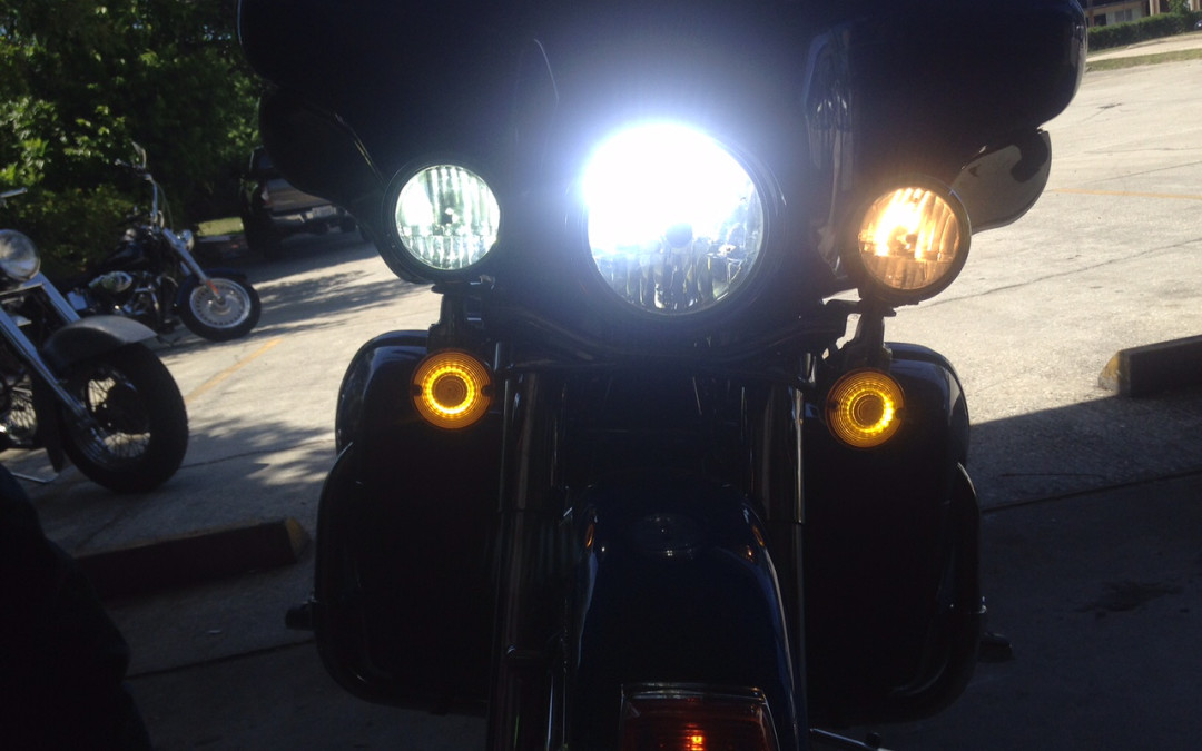 New Passing Lights From Cyron